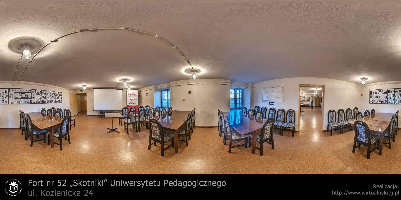 """Prezentacja panoramiczna dla obiektu Fort nr 52 """"Skotniki"""" Uniwersytetu Pedagogicznego, ul. Kozienicka 24"""