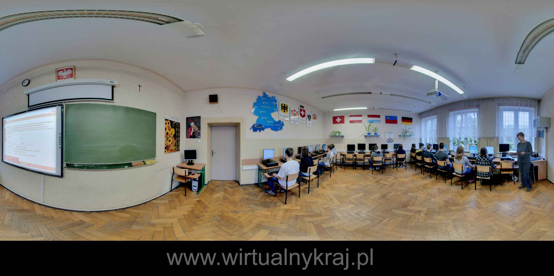 Prezentacja panoramiczna dla obiektu XI Liceum Ogólnokształcące im. Marii Dąbrowskiej w Krakowie